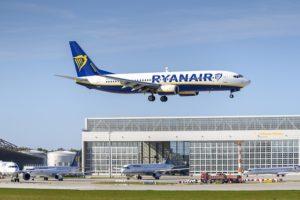 Ryanair rimuove le tasse di cambio volo per luglio e agosto