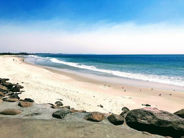 Australia: quali sono le 5 spiagge più belle per fare surf?