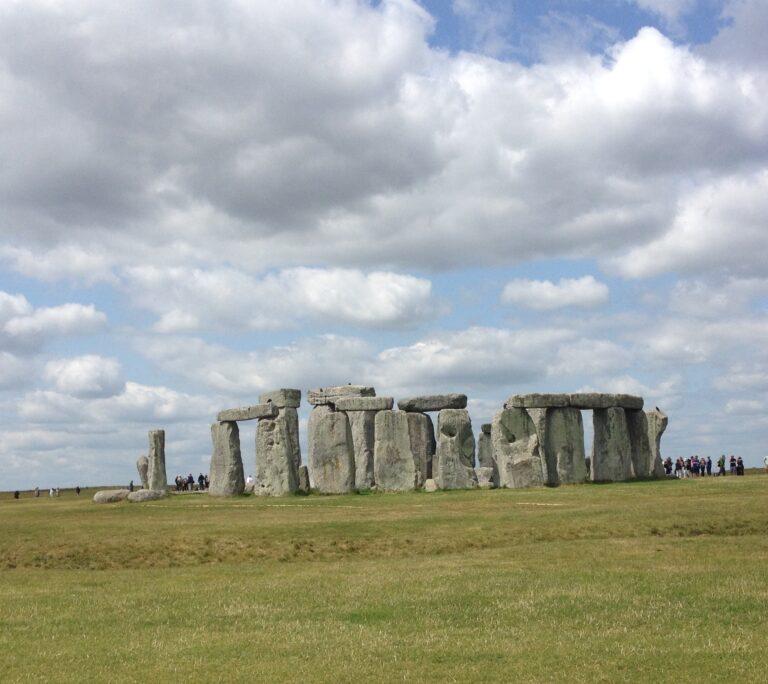 Stonehenge: dal Galles all'Inghilterra, un mistero in movimento