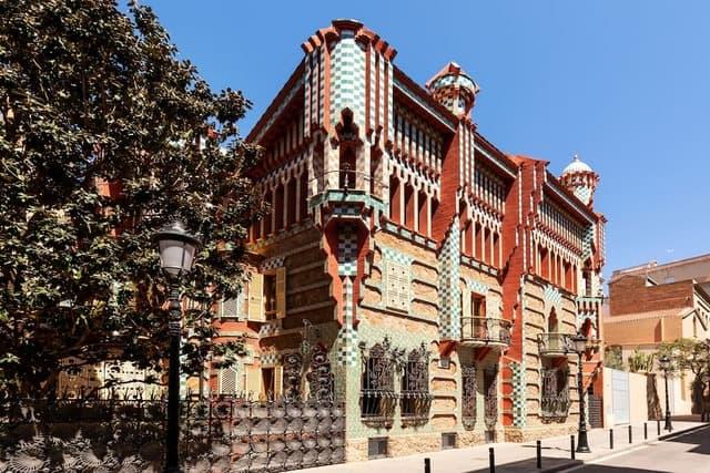 Barcellona: si potrà alloggiare nella famosa Casa Vicens di Gaudí