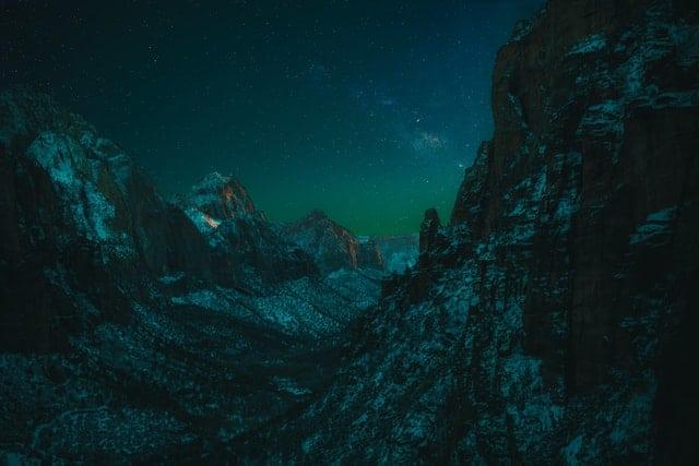 Stati Uniti: lo Zion National Park è un luogo ideale per osservare le stelle